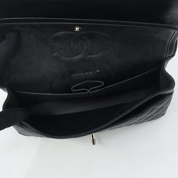 Chanel(샤넬) A01112 캐비어스킨 블랙 클래식 미듐 M사이즈 은장 로고 체인 플랩 숄더백 [강남본점] 이미지5 - 고이비토 중고명품