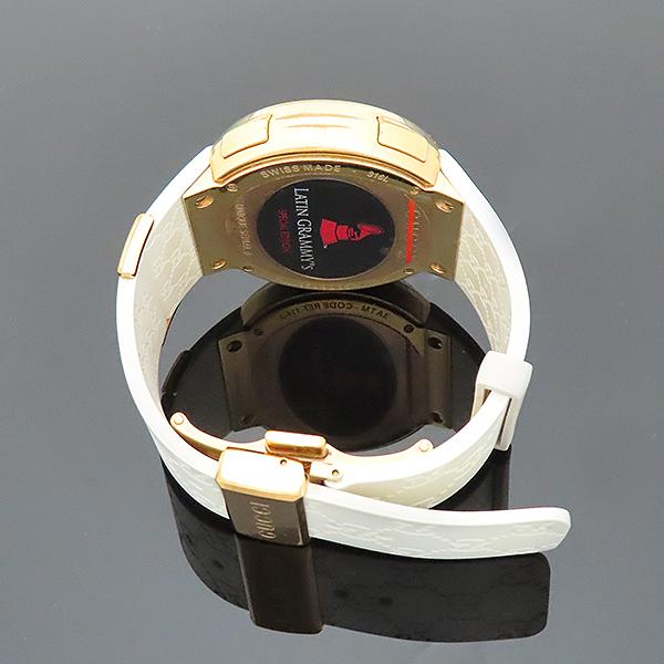 Gucci(구찌) YA114216 그래미 어워즈 스페셜에디션 금장 디지털 화이트 러버밴드 시계 [부산서면롯데점] 이미지4 - 고이비토 중고명품