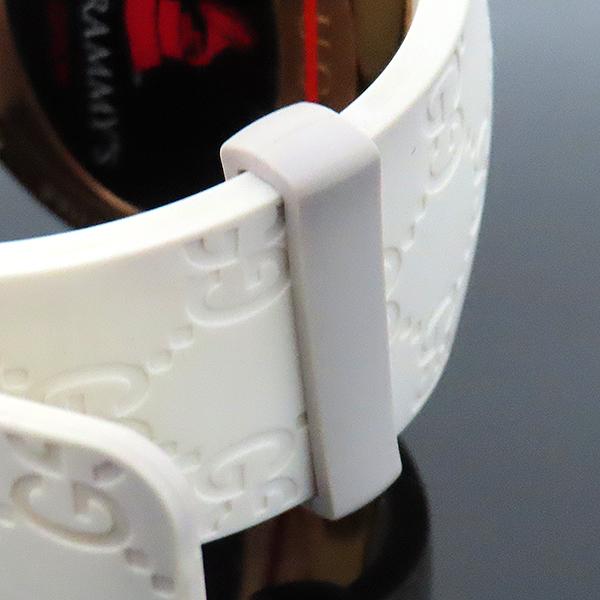 Gucci(구찌) YA114216 그래미 어워즈 스페셜에디션 금장 디지털 화이트 러버밴드 시계 [부산서면롯데점] 이미지6 - 고이비토 중고명품