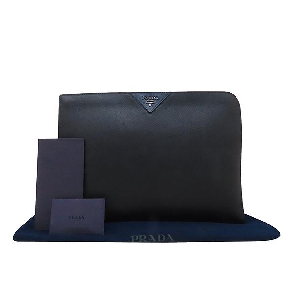 Prada(프라다) 2VN003 블랙 사피아노 SAFFIANO TRAVEL NERO 네이비 삼각 로고 집업 클러치 [인천점]