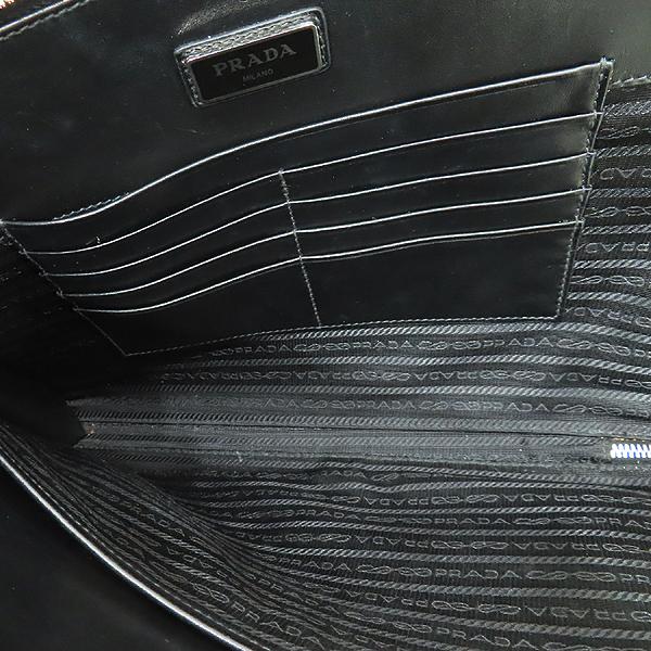 Prada(프라다) 2VN003 블랙 사피아노 SAFFIANO TRAVEL NERO 네이비 삼각 로고 집업 클러치 [인천점] 이미지6 - 고이비토 중고명품