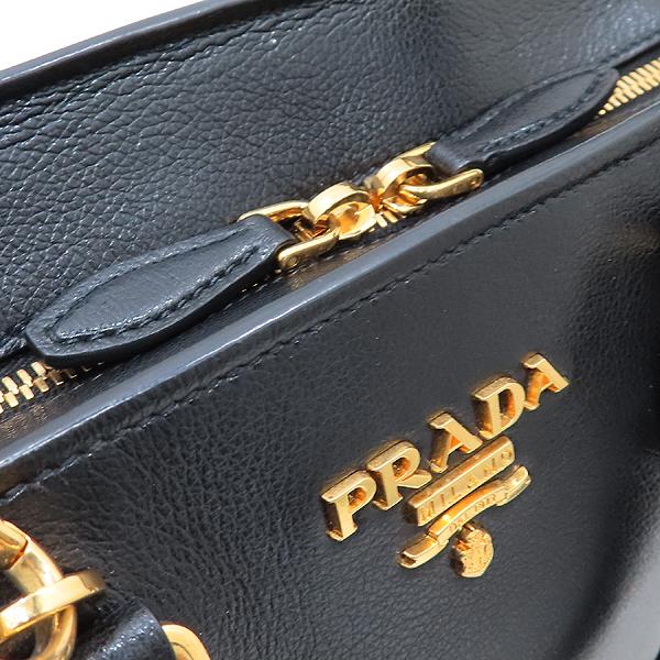 Prada(프라다) 1BA164 블랙 레더 금장 로고 장식 미니 토트백 + 숄더 스트랩 2-WAY [인천점] 이미지4 - 고이비토 중고명품