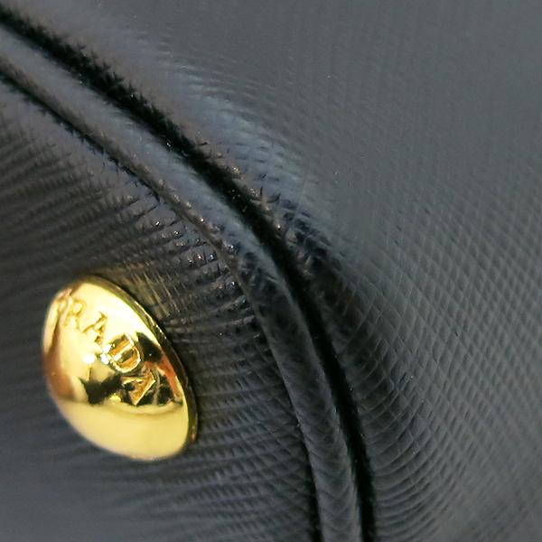 Prada(프라다) 1BA838 블랙 사피아노 금장 로고 장식 토트백 + 크로스스트랩 2WAY [부산센텀본점] 이미지6 - 고이비토 중고명품