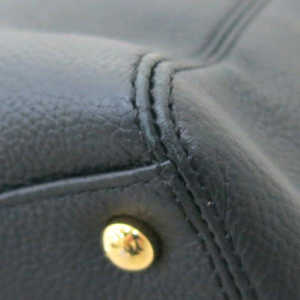 Chanel(샤넬) A15206Y01570 카프스킨 블랙 금장 COCO로고 서프 토트백 + 숄더스트랩 2WAY [부산센텀본점] 이미지5 - 고이비토 중고명품