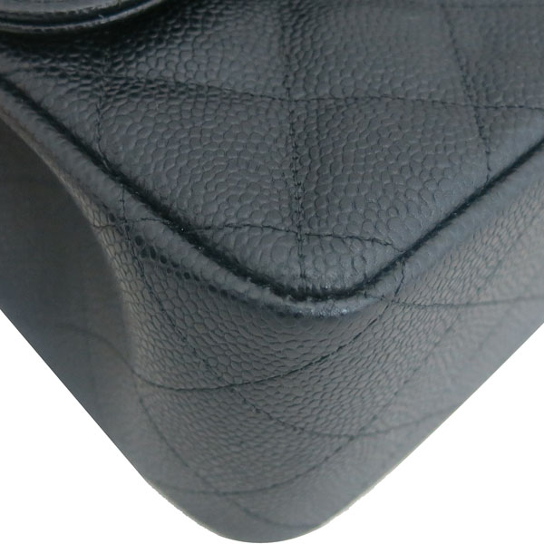 Chanel(샤넬) A58600 블랙 캐비어스킨 클래식 점보 L사이즈 은장로고 체인 플랩 숄더백 [동대문점] 이미지4 - 고이비토 중고명품