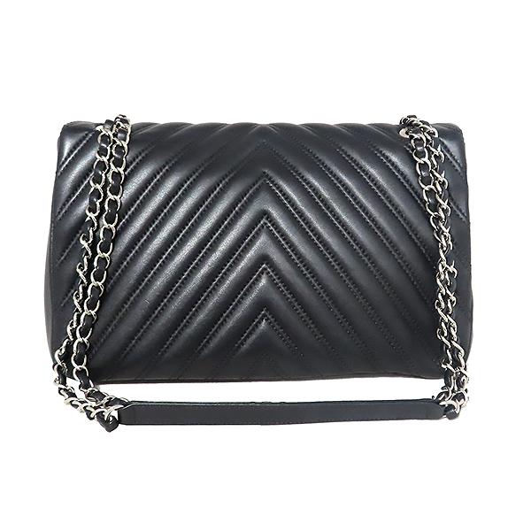 Chanel(샤넬) 은장 COCO로고 블랙 컬러 램스킨 쉐브론 점보사이즈 체인 숄더백 [대전본점] 이미지3 - 고이비토 중고명품