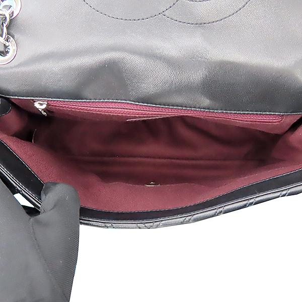 Chanel(샤넬) 은장 COCO로고 블랙 컬러 램스킨 쉐브론 점보사이즈 체인 숄더백 [대전본점] 이미지6 - 고이비토 중고명품
