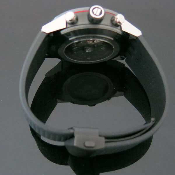 Tag Heuer(태그호이어) CAR2A1Z CARRERA 카레라 45MM 크로노그래프 오토매틱 블랙 티타늄 베젤케이스 스켈레톤 시스루백 우레탄 밴드 남성용 시계 [대구동성로점] 이미지4 - 고이비토 중고명품