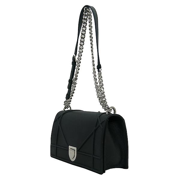 Dior(크리스챤디올) M0422OVKK 디올라마 블랙 레더 플랩 체인 숄더백 [부산센텀본점] 이미지3 - 고이비토 중고명품