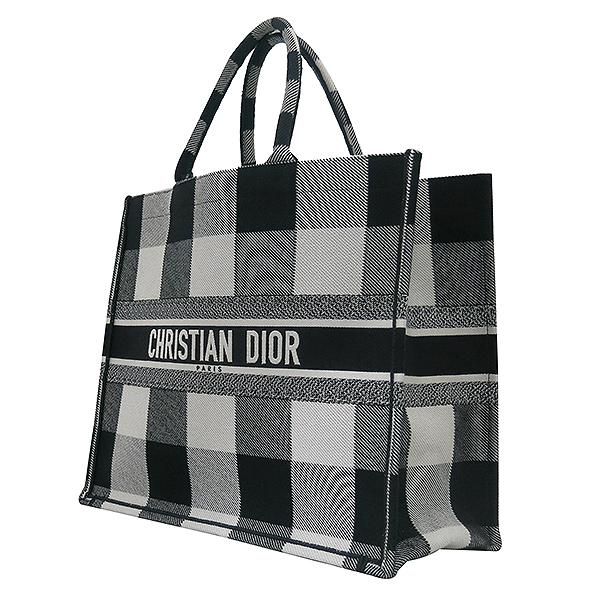 Dior(크리스챤디올) M1286ZRKQ_M941 블랙 오프 화이트 자수 장식 패브릭 Dior Book Tote(북토트) 토트백 [부산센텀본점] 이미지3 - 고이비토 중고명품