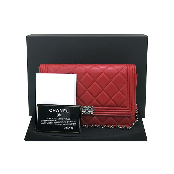 Chanel(샤넬) A80287Y07659 레드 램스킨 보이 WOC (월릿 온 더 체인) 빈티지체인 클러치 겸 크로스백 [부산센텀본점]