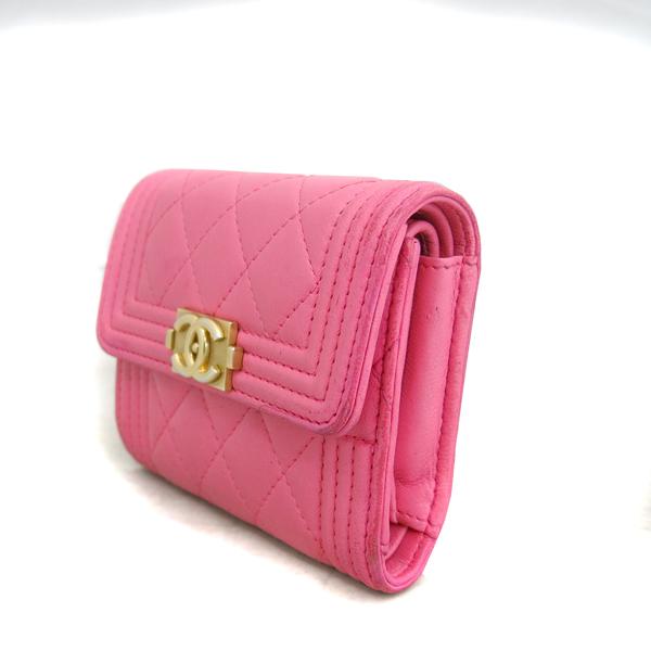 Chanel(샤넬) A84068Y07659 핑크 컬러 램스킨 보이 샤넬 S 사이즈 반지갑 [동대문점] 이미지3 - 고이비토 중고명품