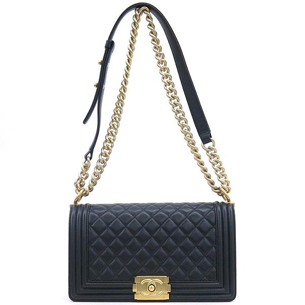 Chanel(샤넬) A67086 블랙 램스킨 보이샤넬 M사이즈 금장로고 체인 숄더백 [강남본점] 이미지2 - 고이비토 중고명품