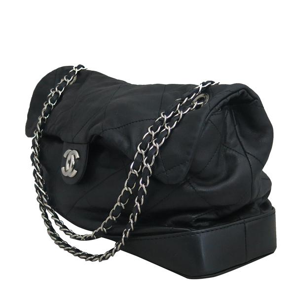 Chanel(샤넬) 2010시즌 COCO로고 자익 블랙 램스킨 스티치 플랩 체인 숄더백 [동대문점] 이미지3 - 고이비토 중고명품