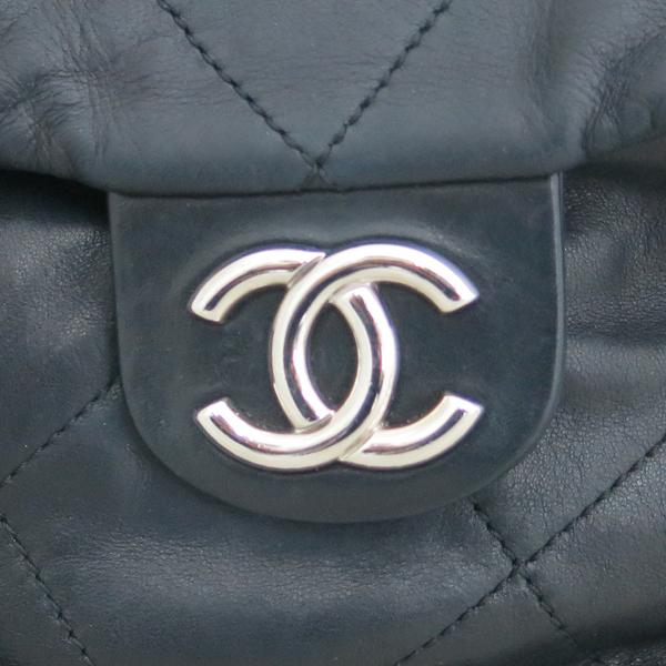 Chanel(샤넬) 2010시즌 COCO로고 자익 블랙 램스킨 스티치 플랩 체인 숄더백 [동대문점] 이미지4 - 고이비토 중고명품