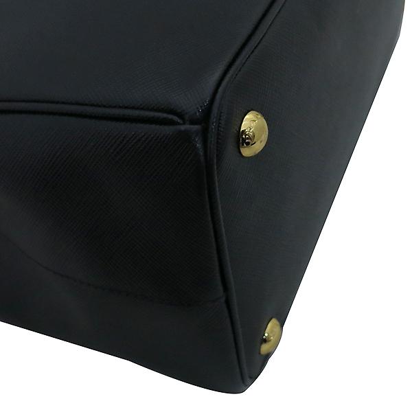Prada(프라다) BN1801 SAFFIANO LUX 블랙 사피아노 럭스 금장로고 토트백 + 숄더스트랩 2WAY [부산센텀본점] 이미지7 - 고이비토 중고명품
