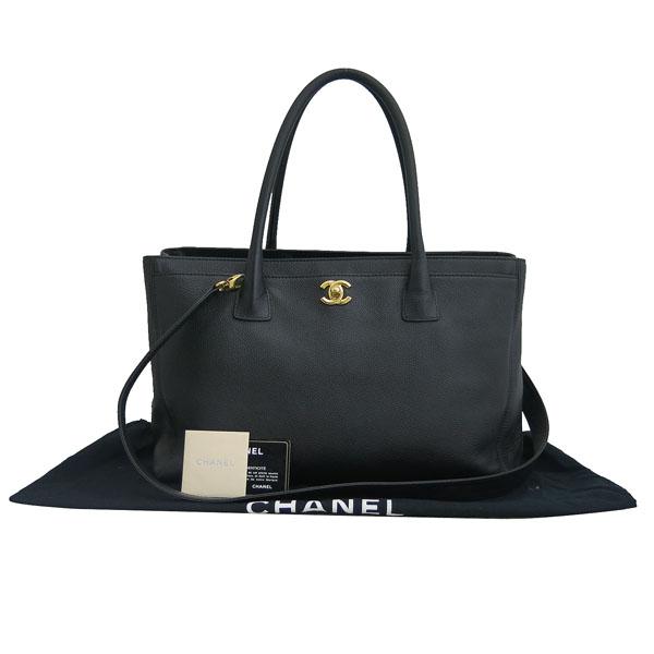 Chanel(샤넬) A15206Y01570 카프스킨 블랙 금장 COCO로고 서프 토트백 + 숄더스트랩 2WAY [동대문점]