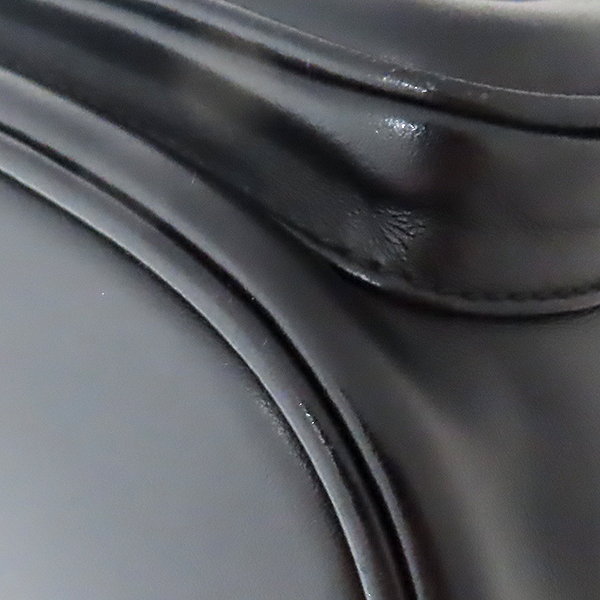 Prada(프라다) 1BH038 블랙 SOFT CALF+SAFFI 트리밍 레더 버킷 토트백 + 크로스스트랩 [대전본점] 이미지4 - 고이비토 중고명품