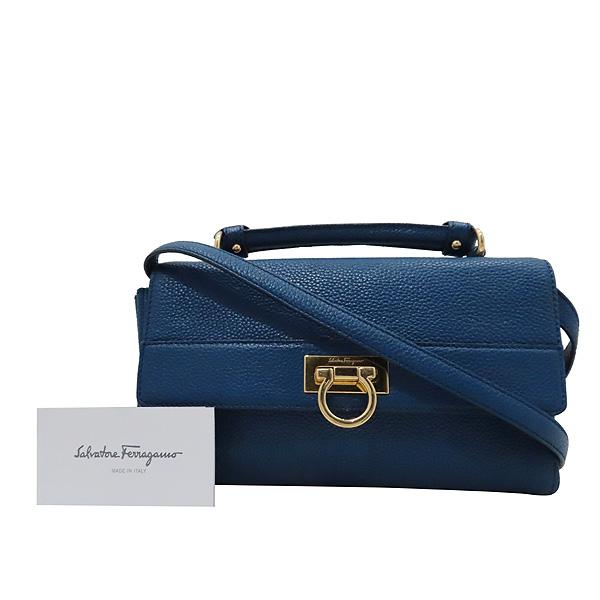 Ferragamo(페라가모) 21 F868 블루 레더 금장 간치니 로고 에이블리 크로스백 [인천점]