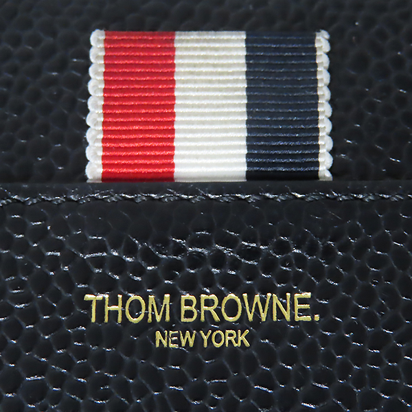 THOM BROWNE(톰브라운) FAW012A 0019 001 블랙 레더 페블 집업 장지갑 [대전본점] 이미지7 - 고이비토 중고명품