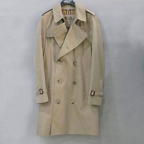 Burberry(버버리) 40734921 THE CHELSEA(미드 렝스 첼시 헤리티지) 남성용 트렌치 코트 [부산센텀본점] 이미지2 - 고이비토 중고명품