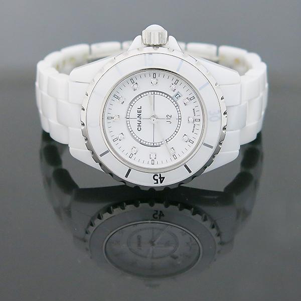 Chanel(샤넬) H1628 J12 33MM 화이트 세라믹 12포인트 다이아 쿼츠 여성용 시계 [부산센텀본점] 이미지2 - 고이비토 중고명품