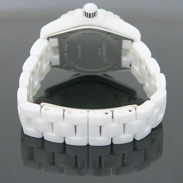 Chanel(샤넬) H1628 J12 33MM 화이트 세라믹 12포인트 다이아 쿼츠 여성용 시계 [부산센텀본점] 이미지3 - 고이비토 중고명품