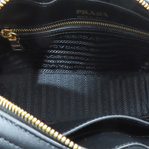 Prada(프라다) 1BH083 블랙 레더 다이아그램 금장 로고 체인 숄더 크로스백 [인천점] 이미지7 - 고이비토 중고명품