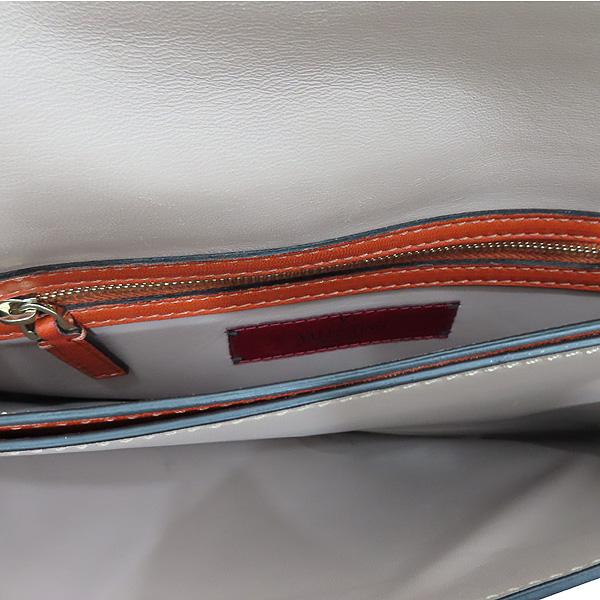 VALENTINO(발렌티노) HWB00399 오렌지 컬러 램스킨 레더 금장 락 스터드 플랩 클러치 [인천점] 이미지7 - 고이비토 중고명품