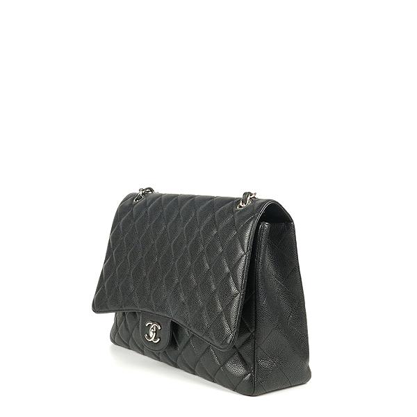 Chanel(샤넬) A58601 블랙 컬러 캐비어스킨 클래식 맥시 사이즈 은장 체인 숄더백 [강남본점] 이미지3 - 고이비토 중고명품
