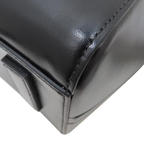 GIVENCHY(지방시) BB05117014 001 블랙 레더 ANTIGONA(안티고나) S 사이즈 유광 은장 로고 장식 토트백 + 숄더 스트랩 2WAY [인천점] 이미지6 - 고이비토 중고명품