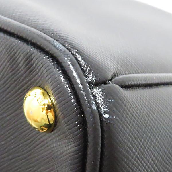 Prada(프라다) BN1844 SAFFIANO LUX (사피아노 럭스) NERO 블랙 삼각 금장 로고 토트백 [대전본점] 이미지5 - 고이비토 중고명품
