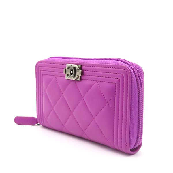 Chanel(샤넬) A80566 퍼플 컬러 램스킨 은장 보이 집업 중지갑 [잠실점] 이미지3 - 고이비토 중고명품