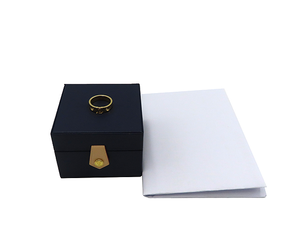 Louis Vuitton(루이비통) Q9K96H 18K 옐로우 골드 앙프렝뜨 반지-14호 [분당정자점]