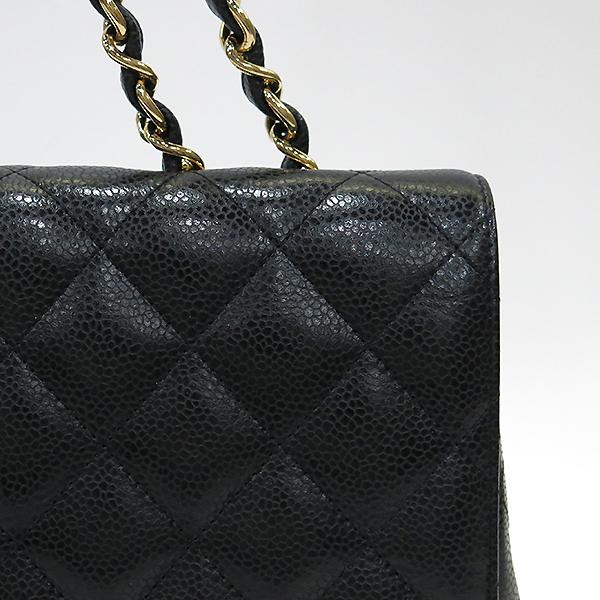 Chanel(샤넬) A58600 캐비어 스킨 클래식 점보 사이즈 금장 체인 숄더백 [부산센텀본점] 이미지5 - 고이비토 중고명품