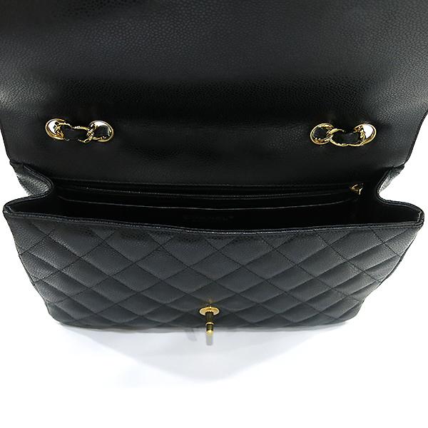 Chanel(샤넬) A58600 캐비어 스킨 클래식 점보 사이즈 금장 체인 숄더백 [부산센텀본점] 이미지6 - 고이비토 중고명품