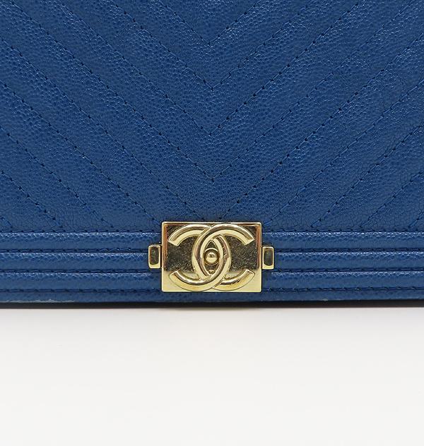 Chanel(샤넬) A80287 블루 컬러 쉐브론 보이 샤넬 WOC(월릿 온 더 체인) 클러치 겸 크로스백 [분당정자점] 이미지5 - 고이비토 중고명품
