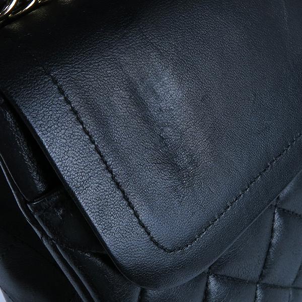 Chanel(샤넬) 금장 COCO 로고 블랙 컬러 램스킨 클래식 M 미듐 사이즈 체인 숄더백 [강남본점] 이미지6 - 고이비토 중고명품
